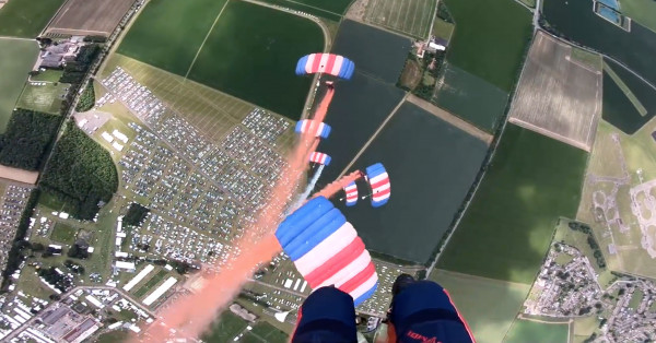 RAF Falcons Parachute Team's Decent on to the Showground image